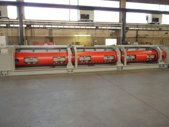 Tubular stranding machines